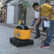 Chine : des robots livreurs en circulation