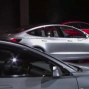 Pourquoi Elon Musk veut-il retirer Tesla de la Bourse ?