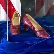 Hollywood : les chaussures volées de Judy Garland dans le Magicien d'Oz enfin retrouvées