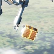 Un satellite pour tester le ramassage des débris dans l'Espace