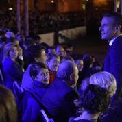 Arménie : Emmanuel Macron assiste à un concert en hommage à Aznavour