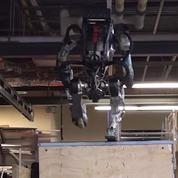 Le dernier Robot de Boston Dynamics toujours plus proche de l'humain