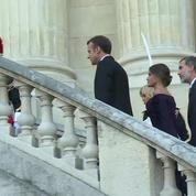 Emmanuel et Brigitte Macron visitent l'exposition Miro en compagnie du couple royal espagnol