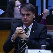 Brésil : Jair Bolsonaro s'engage à respecter la Constitution