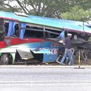 Zimbabwe : 47 morts dans la collision de deux cars
