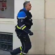 A Toulon, un policier décoré frappe des manifestants