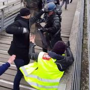 «Gilets jaunes» : la cagnotte dépasse le million d'euros pour les policiers blessés