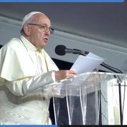 «Le salut n'est pas dans le cloud», quand Le pape François met en garde contre le monde virtuel d'internet