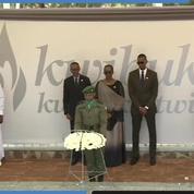 Rwanda : Paul Kagame dépose une gerbe au mémorial du génocide