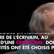 Non Stop People - Michel Houellebecq décoré de la Légion d'honneur par Emmanuel Macron