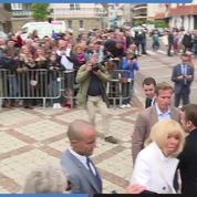 Européennes : bain de foule pour Emmanuel Macron au Touquet