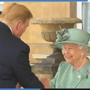 Visite d'État au Royaume-Uni : Trump accueilli à Buckingham par Elisabeth II