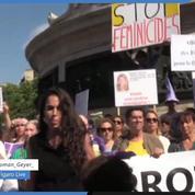 Revivez en direct la manifestation à Paris pour interpeller sur les féminicides
