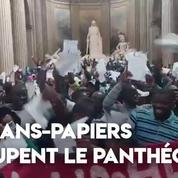 Paris : des sans-papiers occupent le Panthéon