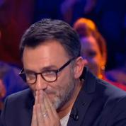 Les larmes de Frédéric Lopez pour sa dernière dans Rendez-vous en terre inconnue