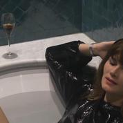 Célébrités dans le bain