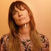 L'acrostiche de «Gabrielle» par Caroline de Maigret pour la campagne digitale Gabrielle Chanel