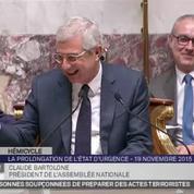 Claude Bartolone pris d'un fou rire à l'Assemblée