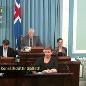 Islande : une députée donne le sein à la tribune du Parlement