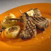 Côtes d'agneau marinées à l'estragon et fenouils grillés