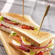 Club sandwich bacon
