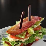 Romaine en club sandwich de speck