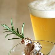 Velouté froid de courgette de Nice, anchois et sauge