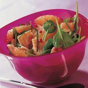 Salade de truite Label Rouge aux pousses d'épinard et pamplemousse rose