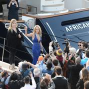 Ces stars qui se font inviter par des riches