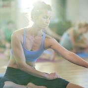 Devenir prof de yoga : du rêve à la désillusion