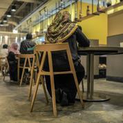 En Malaisie, les jeunes goûtent au speed dating halal