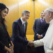 Amal et George Clooney ont (aussi) rencontré le pape François