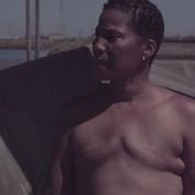 États-Unis : elle court torse nu pour montrer les ravages du cancer du sein