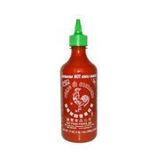 Mölkky à la plage, vin frappé et sauce Sriracha… les snobismes de l'été