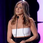 Jennifer Aniston émue aux larmes lors d'une conférence en Italie