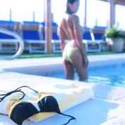 En Suède, les femmes pourront nager seins nus à la piscine