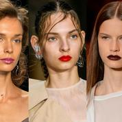 Les plus jolis rouges à lèvres repérés sur les podiums