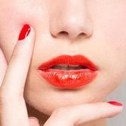 Faut-il assortir son vernis à ongles à son rouge à lèvres ?