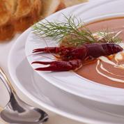 Soupe de navets aux langoustines et à la mangue