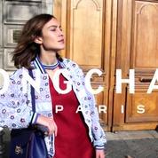 Longchamp : Alexa Chung joue à la Parisienne sous l'œil amusé de Loïc Prigent