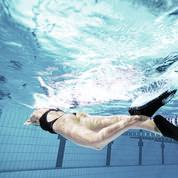 Jambes affinées et fesses musclées, la natation avec des palmes c'est mieux !