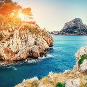 Sicile, Capri, Sardaigne… à chaque île italienne, sa valise idéale