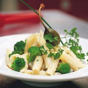 Penne aux brocolis et anchois