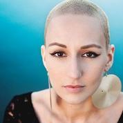 Une chanteuse primée pour un clip parodique sur son cancer