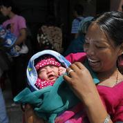 La mortalité maternelle baisse partout, sauf aux États-Unis