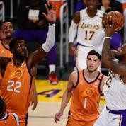Play-offs NBA : les Suns recollent aux Lakers, Hawks et Nets en bonne posture
