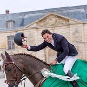 Coup de maître pour le brésilien Pedro Veniss au Jumping de Versailles