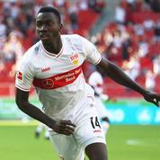 Bundesliga : l'attaquant vedette de Stuttgart inscrit onze buts sous une fausse identité