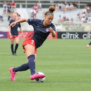 Football : la fille de Dennis Rodman fait des étincelles pour ses débuts dans le championnat américain