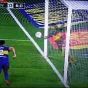 L'esprit de Maradona à la Bombonera pour expliquer la trajectoire miraculeuse d'un ballon